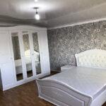білі меблі в спальню